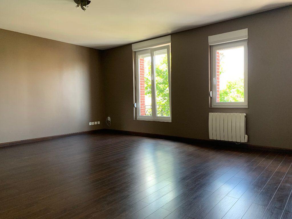Appartement à louer 2 60.73m2 à Tergnier vignette-2