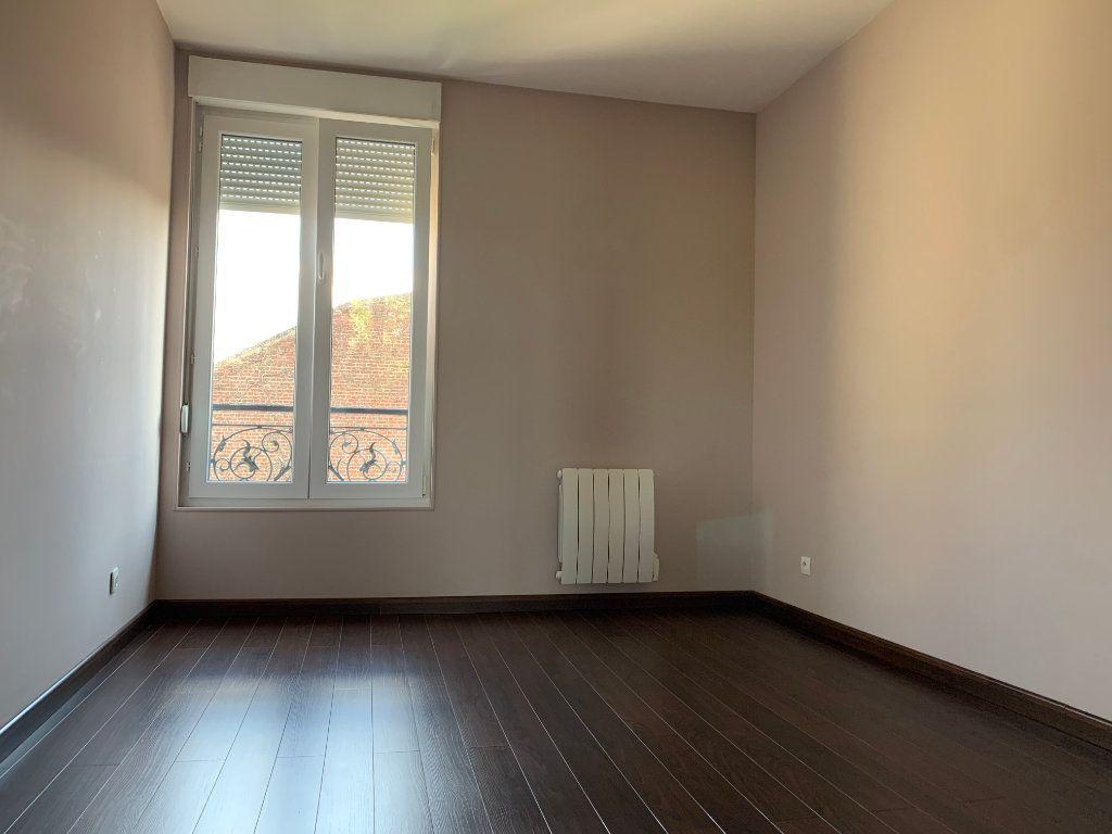 Appartement à louer 2 60.73m2 à Tergnier vignette-3
