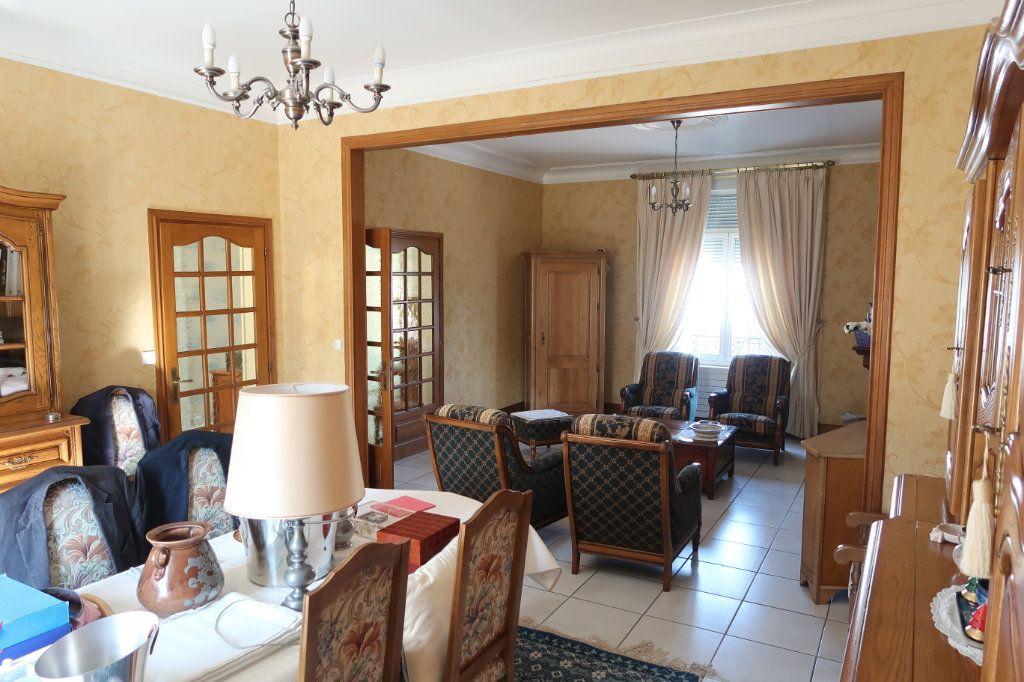 Maison à vendre 13 380m2 à Vendeuil vignette-7