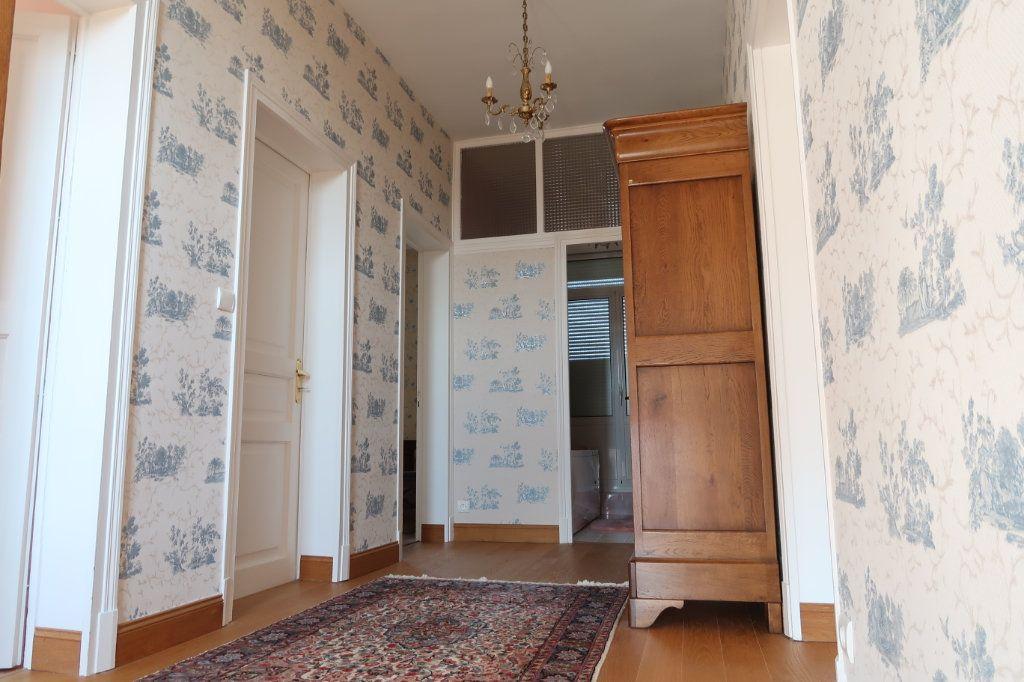 Maison à vendre 13 380m2 à Vendeuil vignette-10