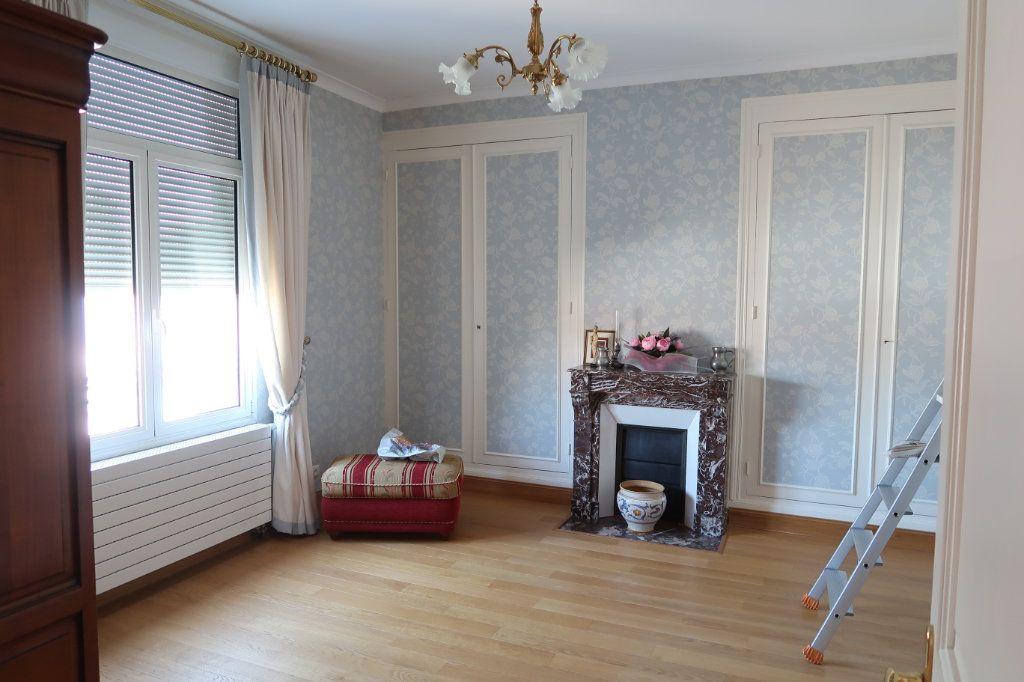 Maison à vendre 13 380m2 à Vendeuil vignette-13