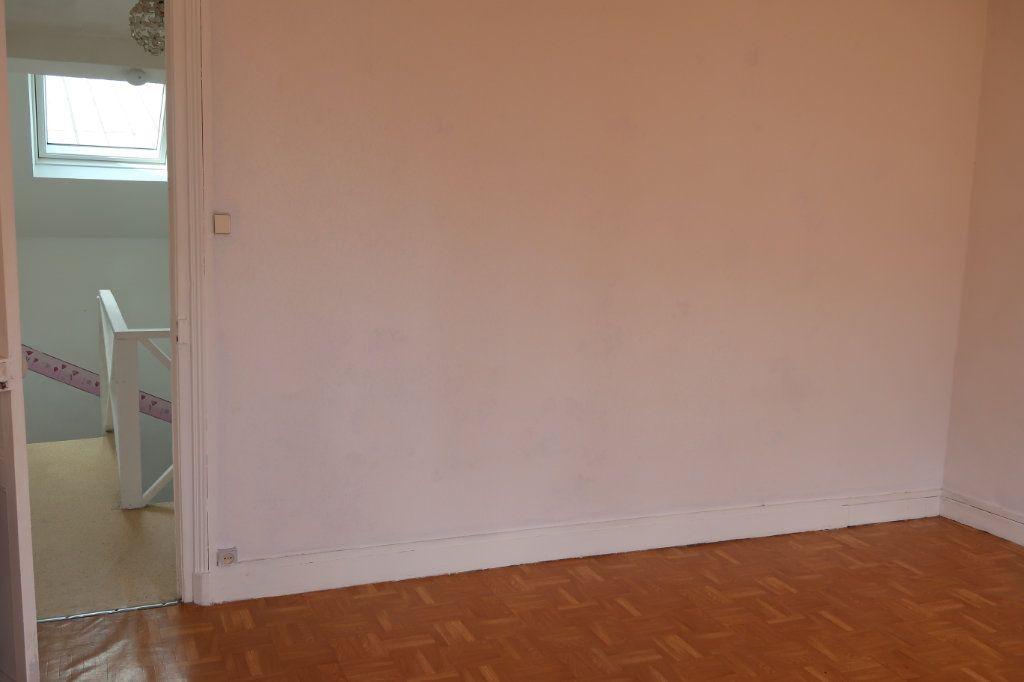 Maison à louer 3 65m2 à Saint-Quentin vignette-9
