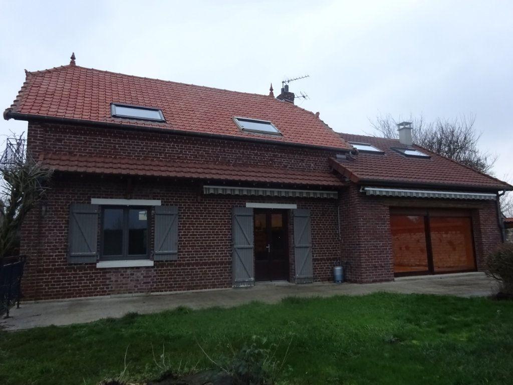 Maison à vendre 5 149.76m2 à Rouvrel vignette-1