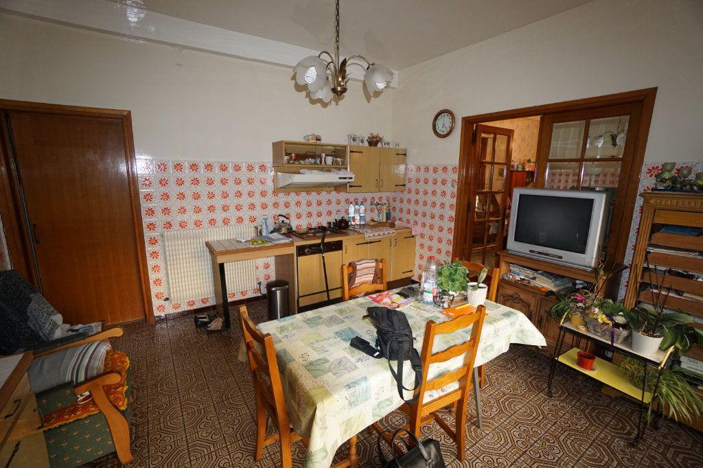 Maison à vendre 8 182m2 à Combles vignette-2