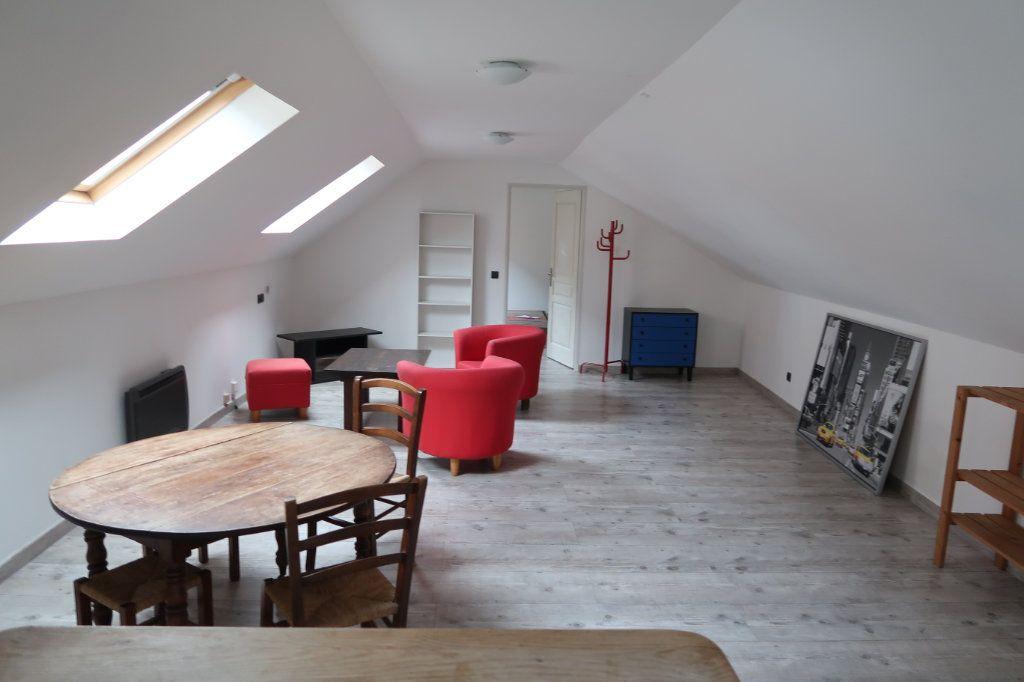 Appartement à louer 2 46m2 à Saint-Quentin vignette-3