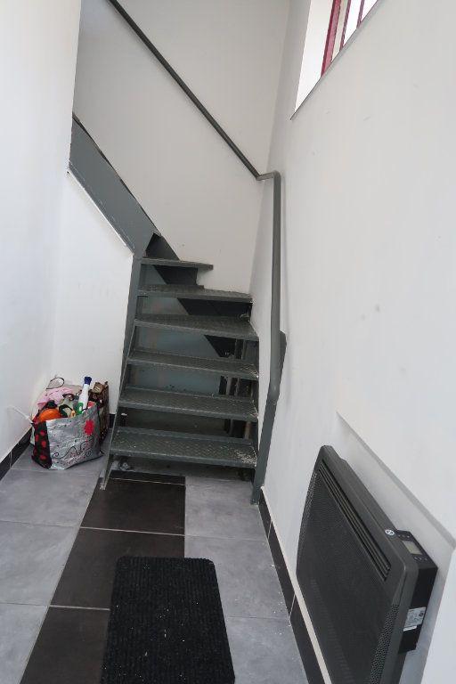 Appartement à louer 2 46m2 à Saint-Quentin vignette-8