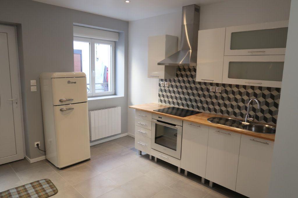 Maison à louer 2 40m2 à Saint-Quentin vignette-1