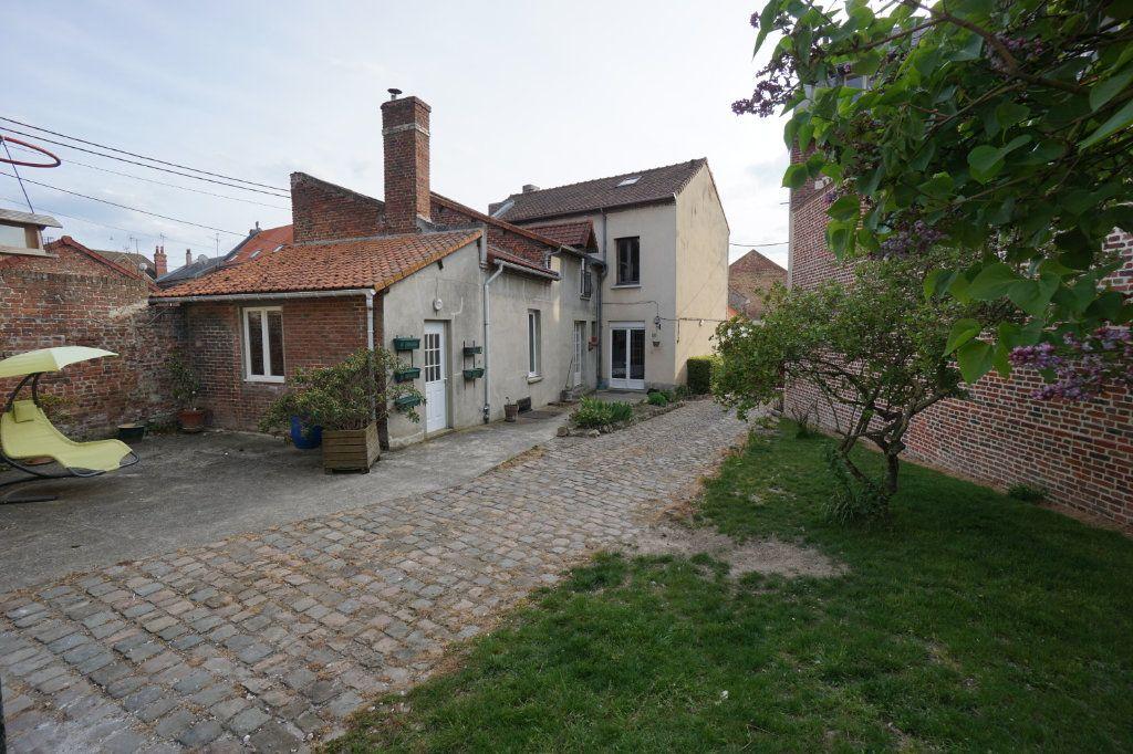 Maison à vendre 7 235m2 à Moreuil vignette-4