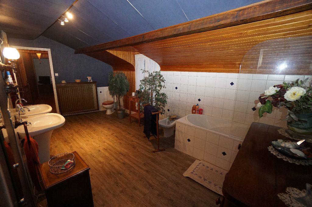 Maison à vendre 7 235m2 à Moreuil vignette-8