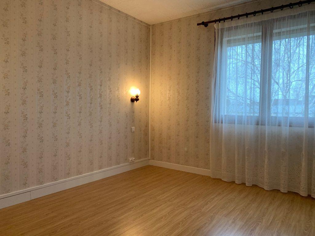 Maison à louer 6 79.87m2 à Tergnier vignette-5