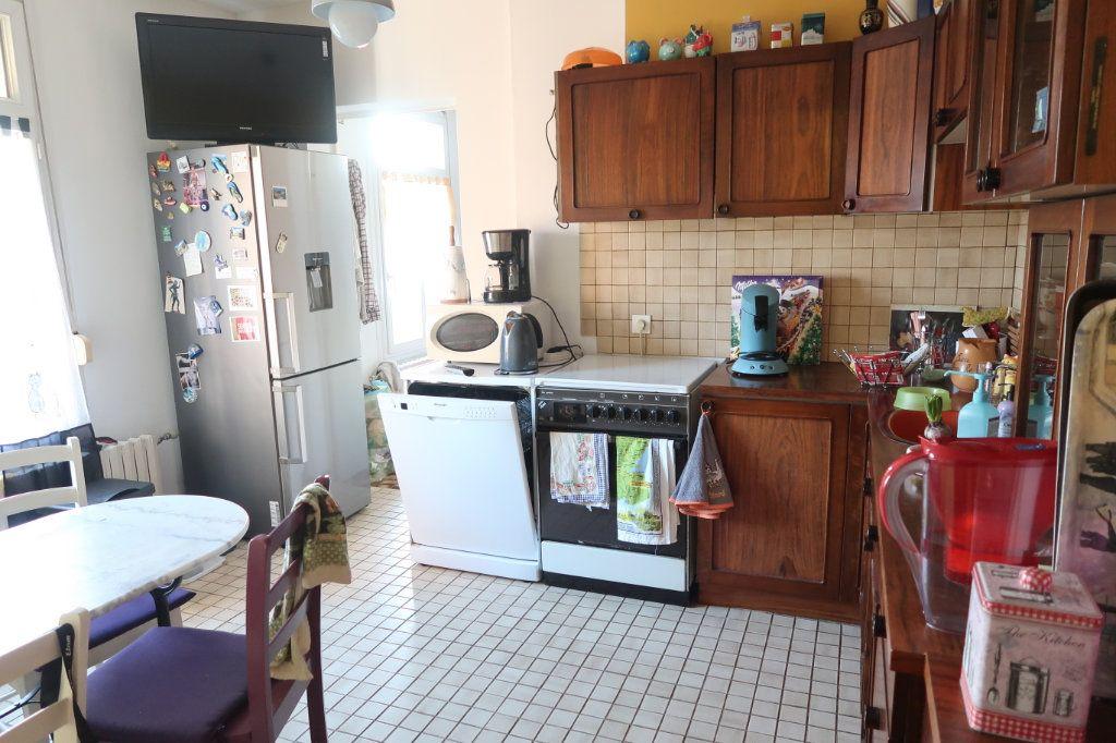 Appartement à vendre 4 78m2 à Saint-Quentin vignette-6