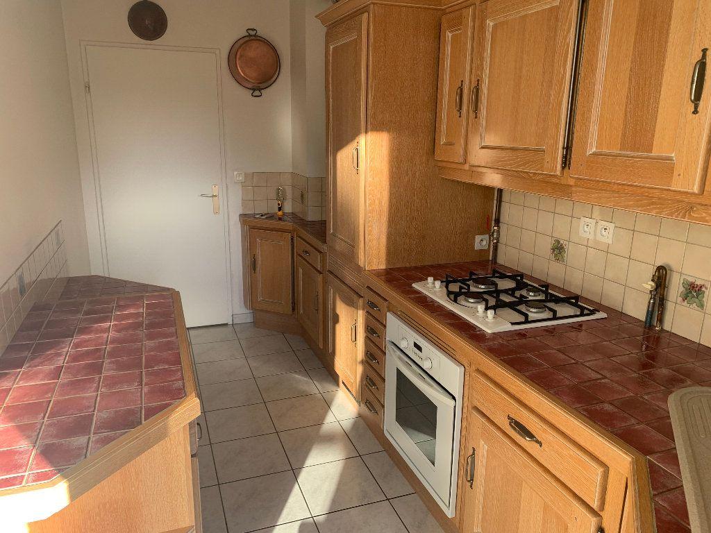 Appartement à vendre 4 82m2 à Saint-Quentin vignette-7