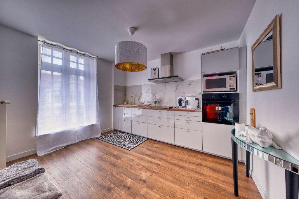 Appartement à vendre 3 84.23m2 à La Fère vignette-2