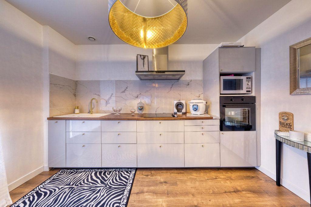 Appartement à vendre 3 84.23m2 à La Fère vignette-9