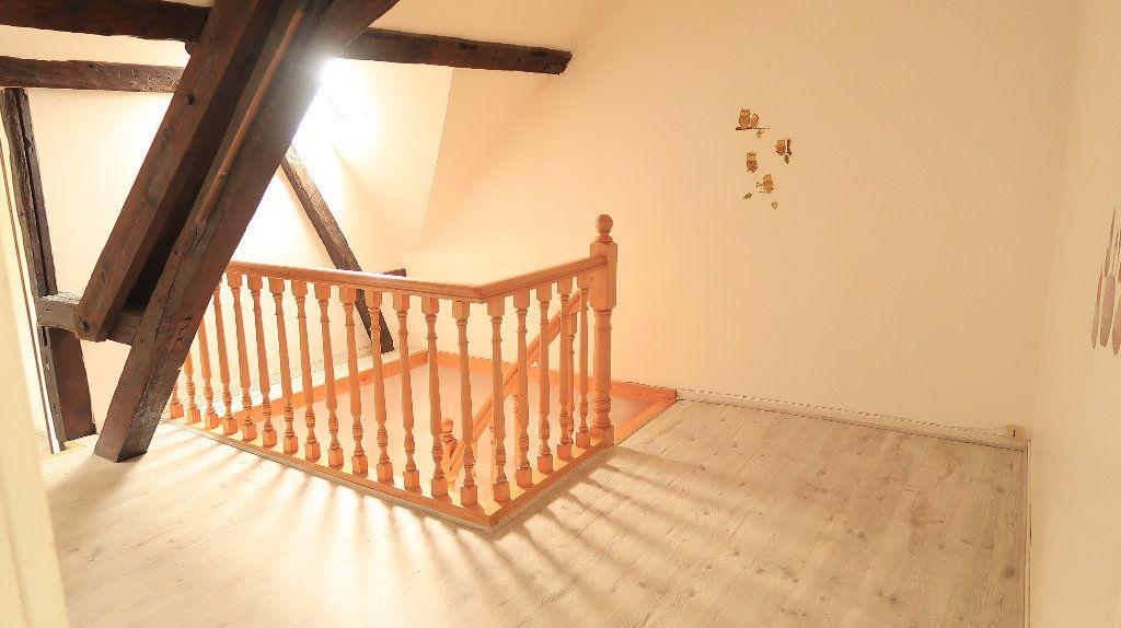 Appartement à louer 5 121.1m2 à La Fère vignette-7