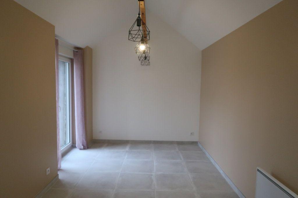 Maison à louer 7 125m2 à Gauchy vignette-9
