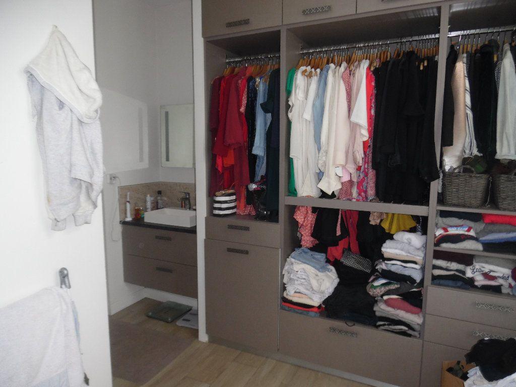 Appartement à vendre 3 73m2 à Saint-Quentin vignette-5