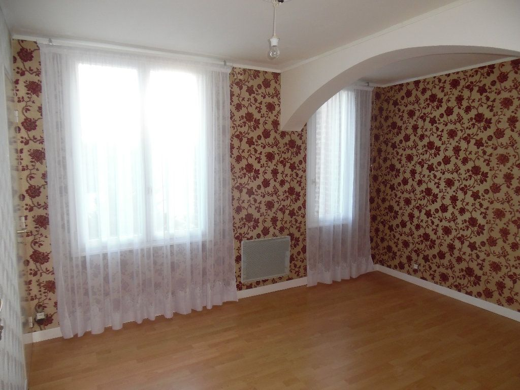Maison à vendre 5 115m2 à Saint-Quentin vignette-14