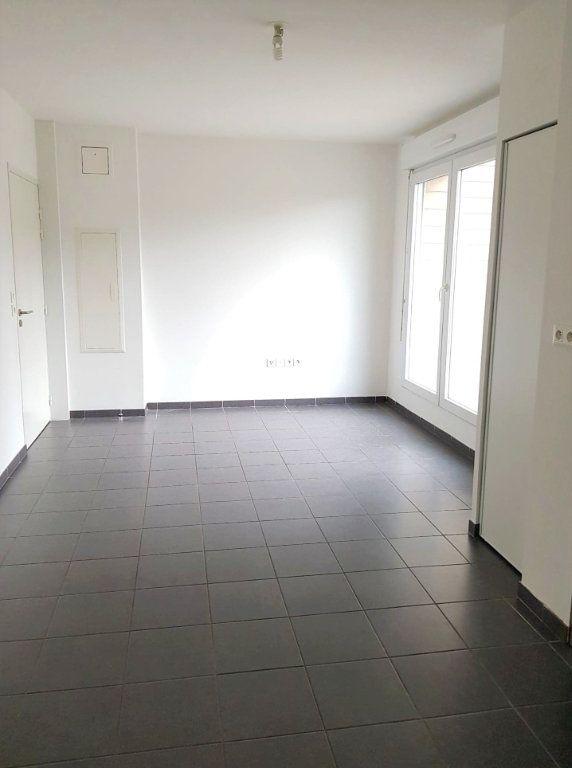 Appartement à louer 1 23.75m2 à Amiens vignette-2