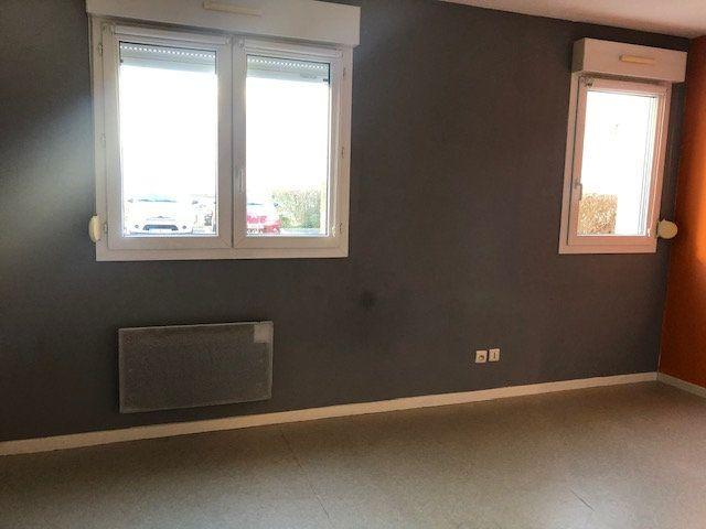 Appartement à louer 1 23.6m2 à Amiens vignette-2