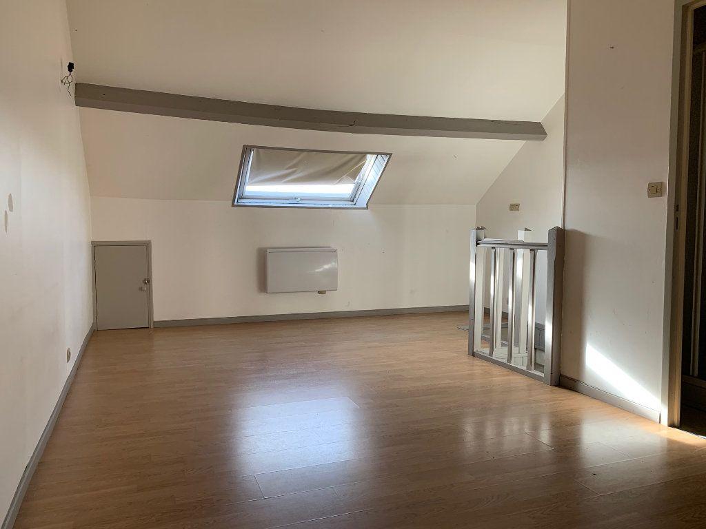 Appartement à louer 2 41.68m2 à Condren vignette-2