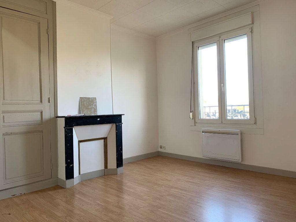 Appartement à louer 2 41.68m2 à Condren vignette-3