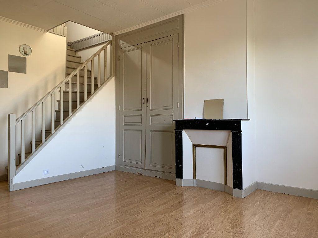 Appartement à louer 2 41.68m2 à Condren vignette-4