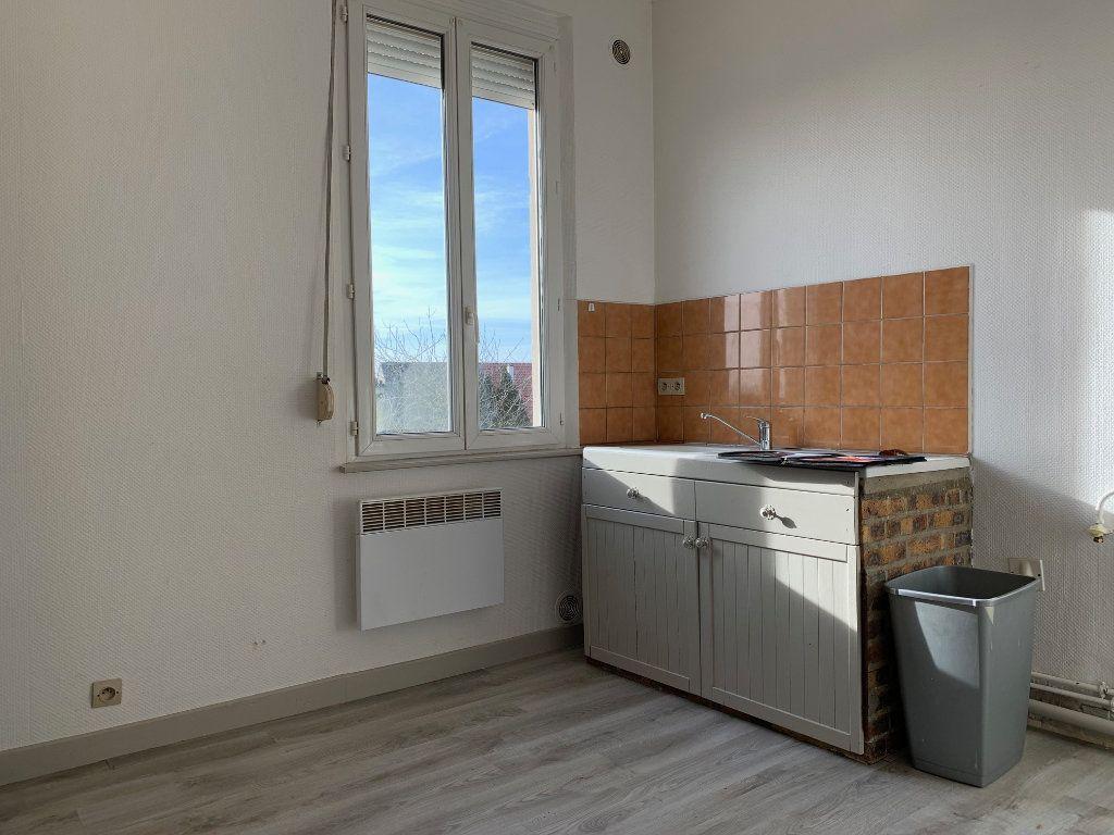 Appartement à louer 2 41.68m2 à Condren vignette-6