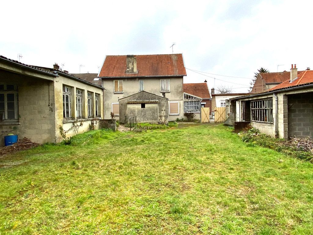 Maison à vendre 7 163.66m2 à Tergnier vignette-4