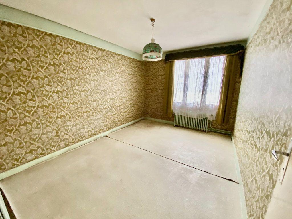 Maison à vendre 7 163.66m2 à Tergnier vignette-7