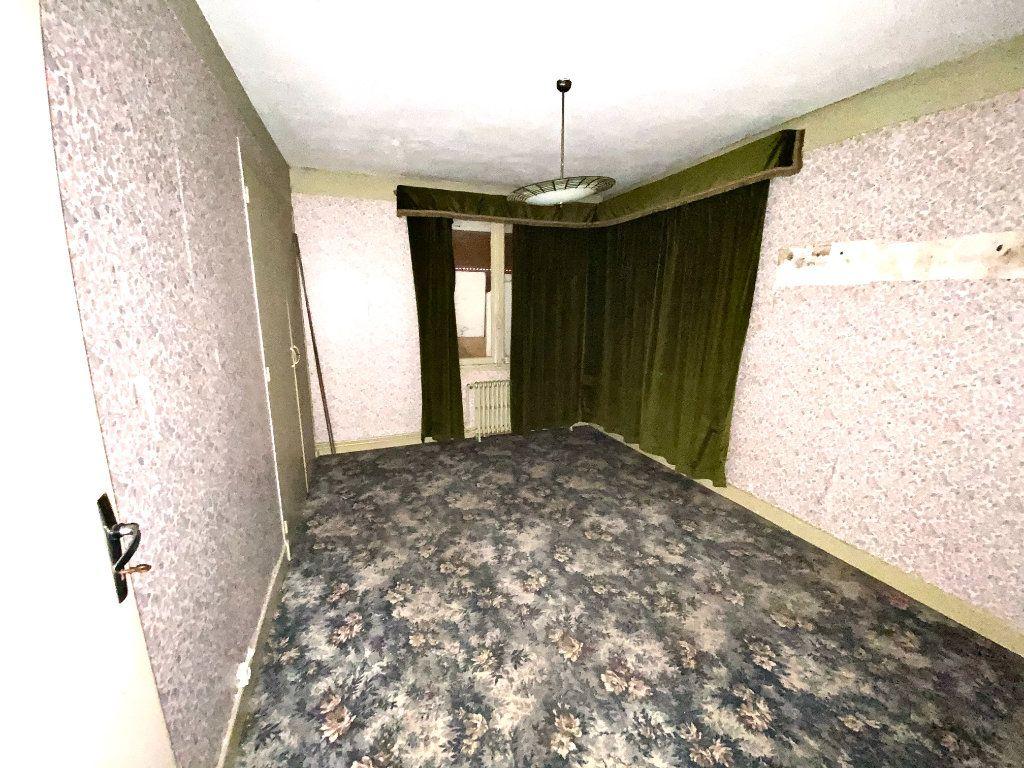 Maison à vendre 7 163.66m2 à Tergnier vignette-9