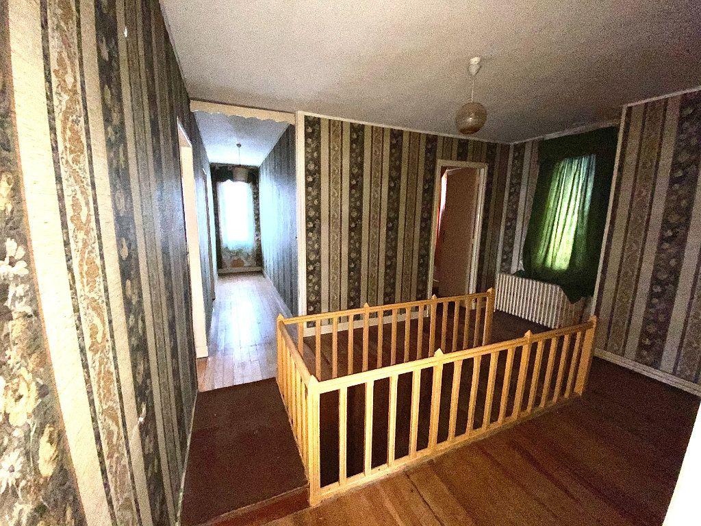 Maison à vendre 7 163.66m2 à Tergnier vignette-10