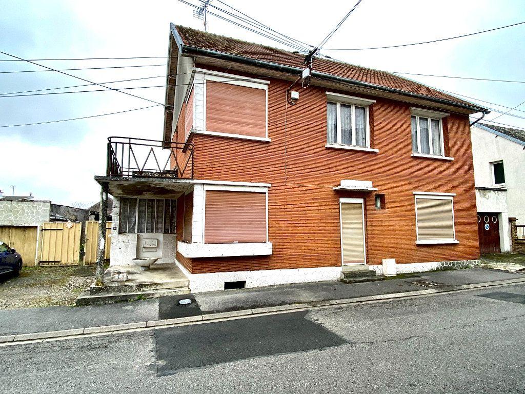 Maison à vendre 7 163.66m2 à Tergnier vignette-11