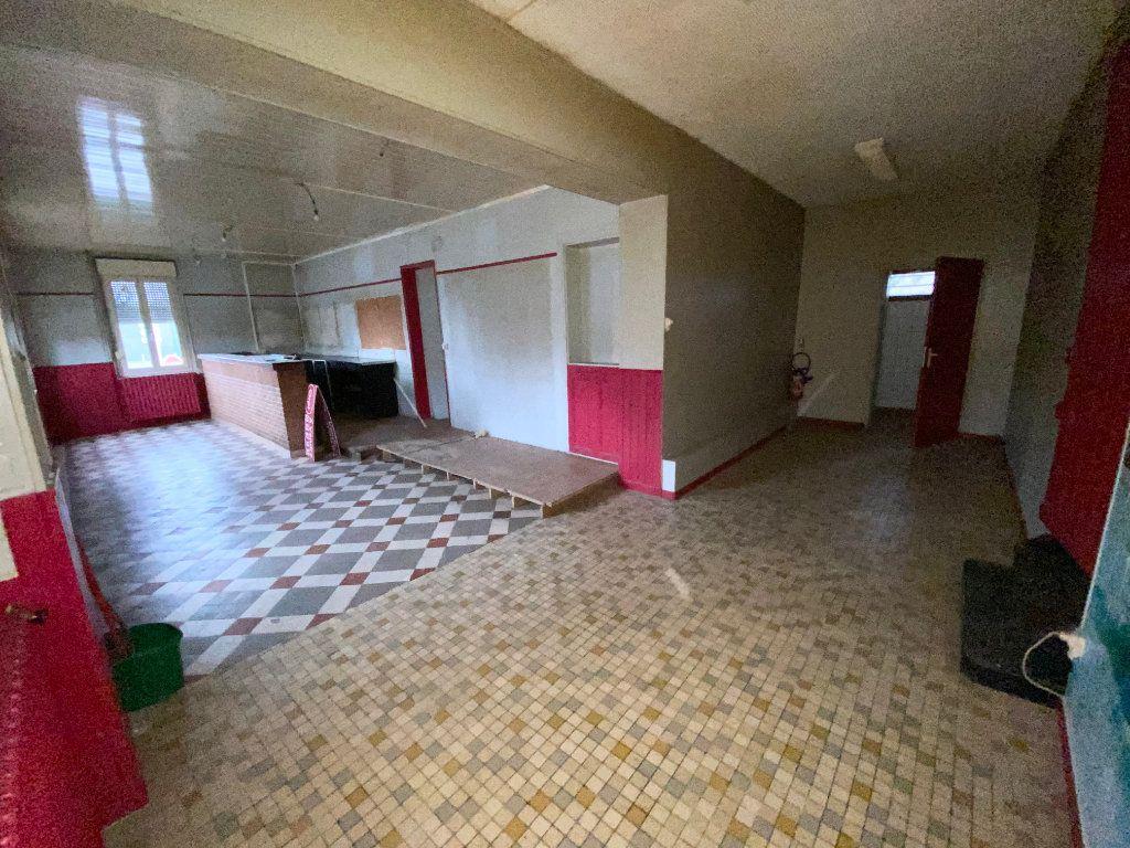 Immeuble à vendre 0 189m2 à Villequier-Aumont vignette-4