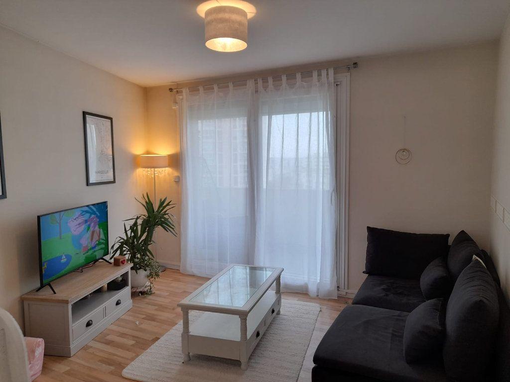 Appartement à vendre 5 95m2 à Saint-Quentin vignette-7