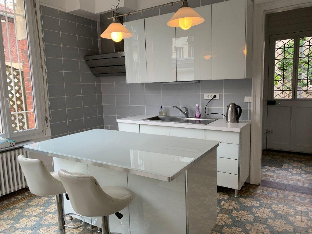 Maison à vendre 6 209m2 à Chauny vignette-2
