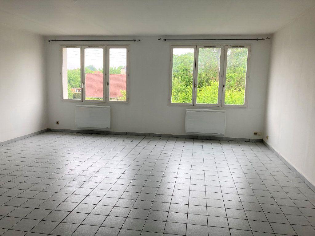 Appartement à louer 5 82m2 à Saint-Quentin vignette-1