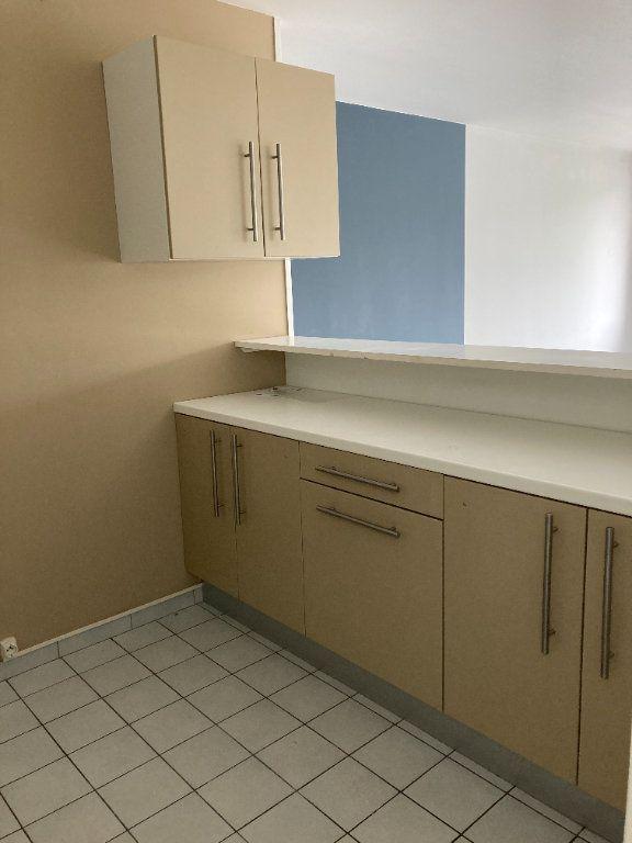 Appartement à louer 5 82m2 à Saint-Quentin vignette-3