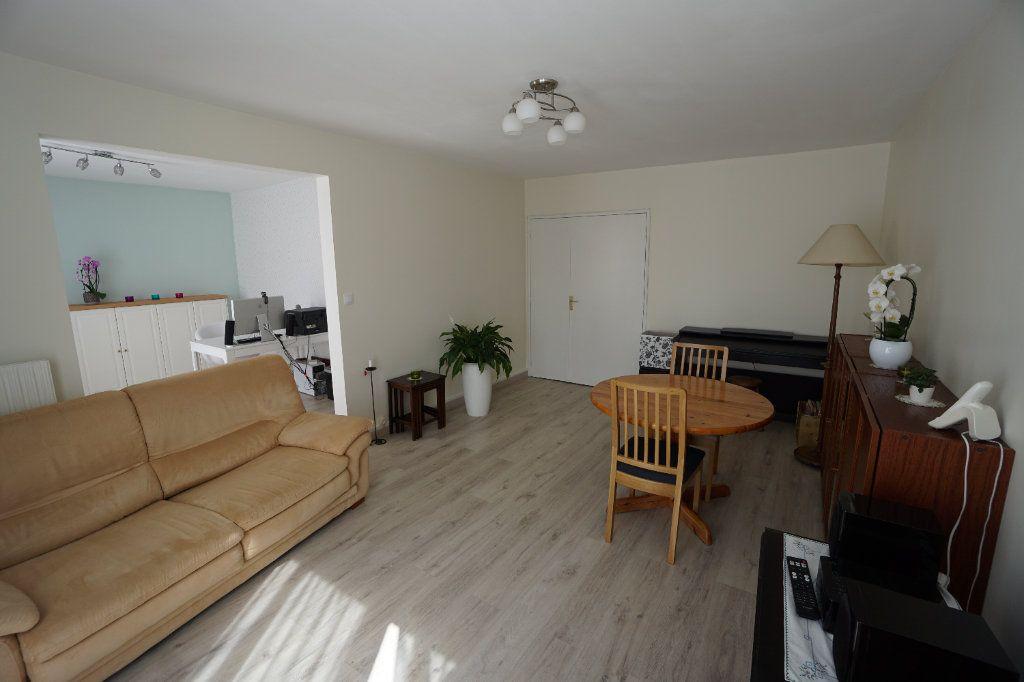 Appartement à vendre 3 88.83m2 à Amiens vignette-1
