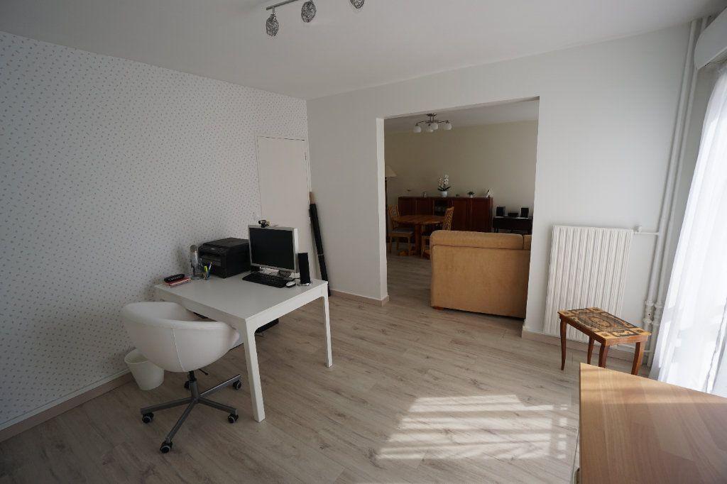 Appartement à vendre 3 88.83m2 à Amiens vignette-3