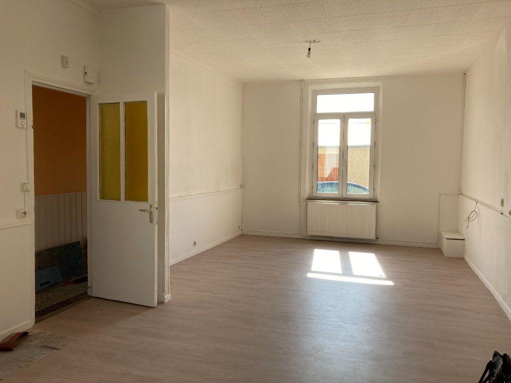 Maison à louer 4 90m2 à Saint-Quentin vignette-1