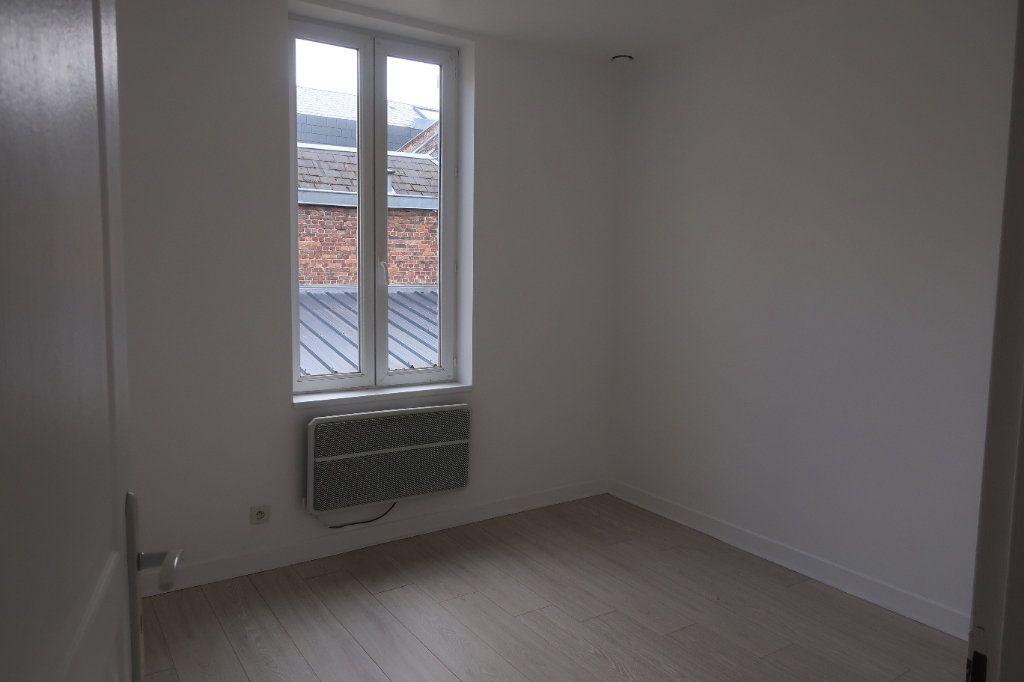 Appartement à louer 4 77.5m2 à Saint-Quentin vignette-7