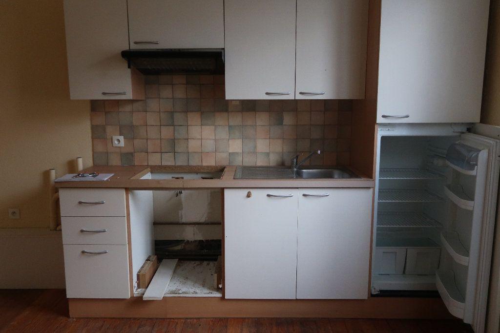 Appartement à louer 2 29.71m2 à Saint-Quentin vignette-1