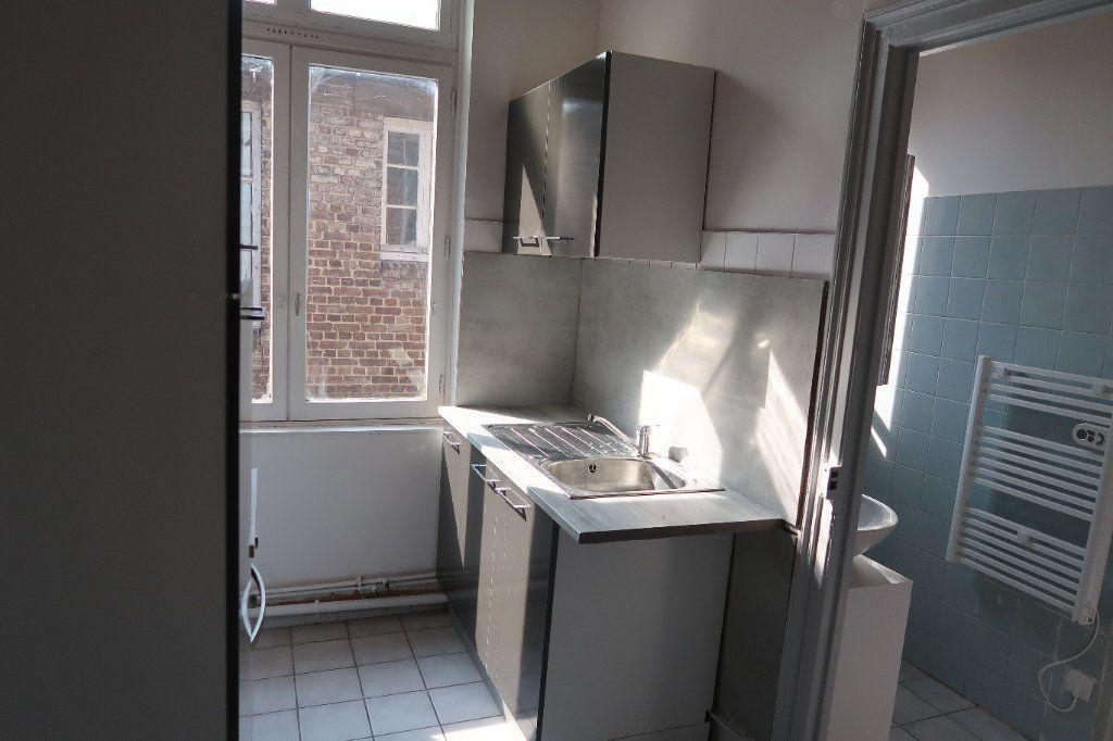 Appartement à louer 2 42m2 à Saint-Quentin vignette-1