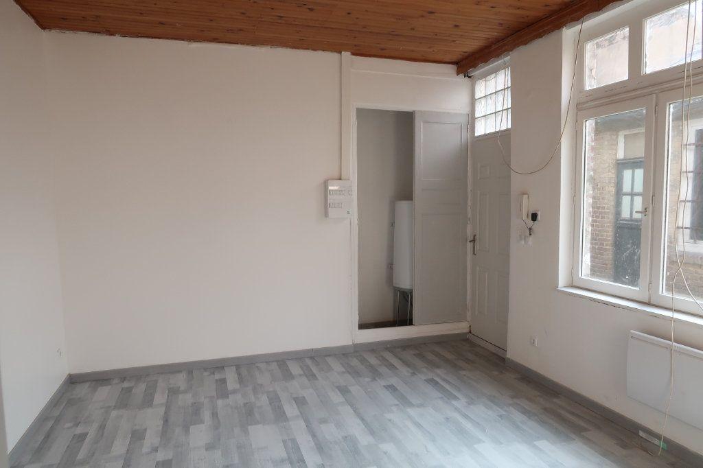 Appartement à louer 2 42m2 à Saint-Quentin vignette-5