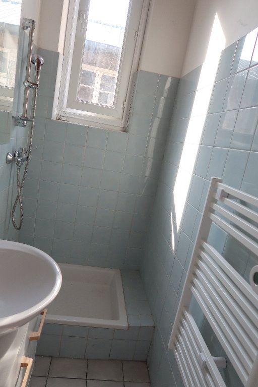 Appartement à louer 2 42m2 à Saint-Quentin vignette-7