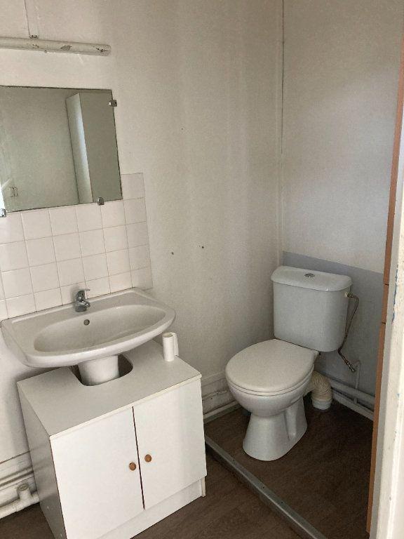 Appartement à louer 1 28m2 à Saint-Quentin vignette-4