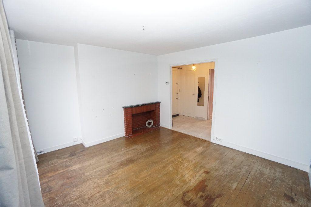 Appartement à louer 3 63m2 à Amiens vignette-3