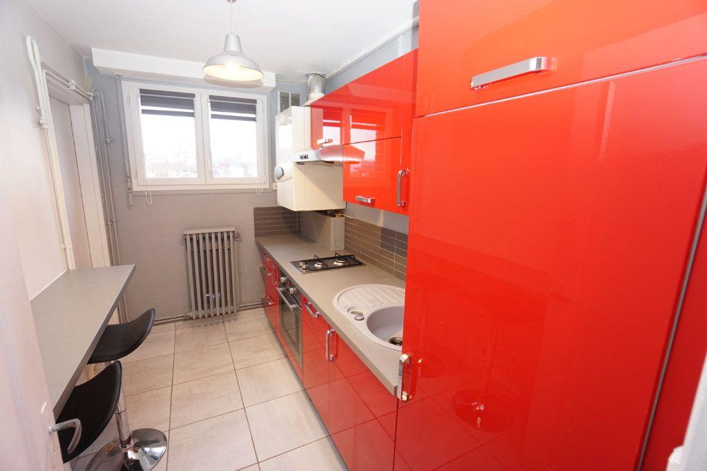 Appartement à louer 3 63m2 à Amiens vignette-5