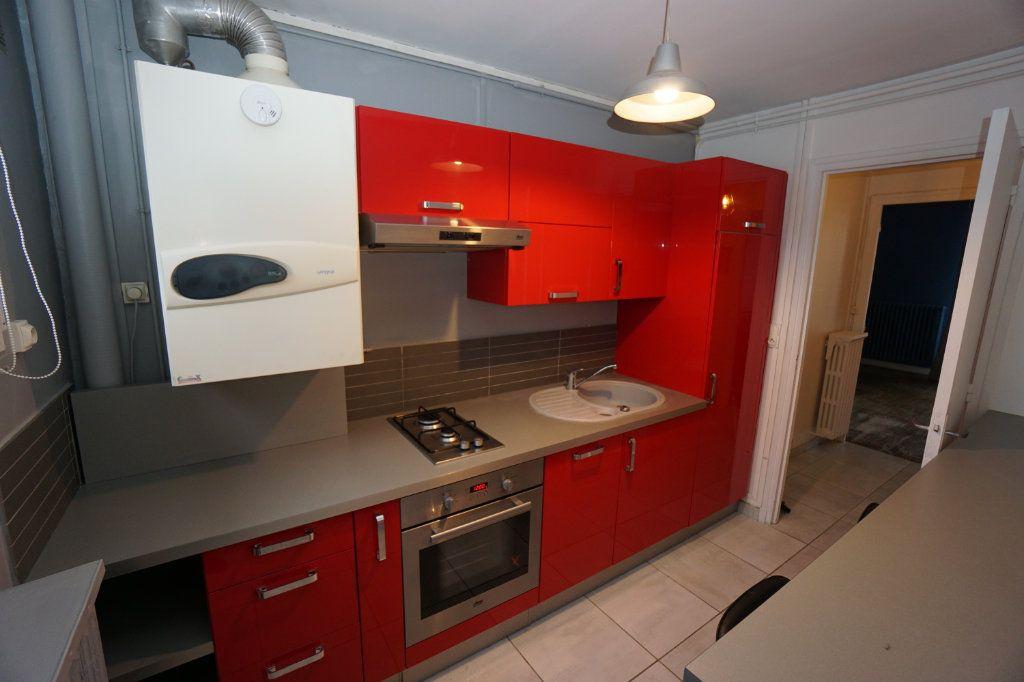 Appartement à louer 3 63m2 à Amiens vignette-6